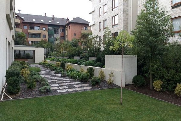 Paisajismo_Urbano_1000M_Edificio_Los_gomeros_Vitacura_1